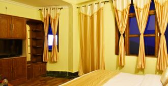 瓦鲁尼酒店 - 达兰萨拉