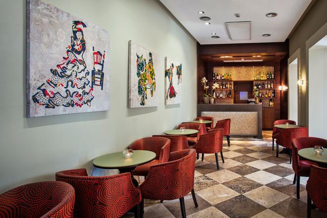 欧洲之星天井德科尔多瓦酒店 - 科尔多瓦 - 酒吧