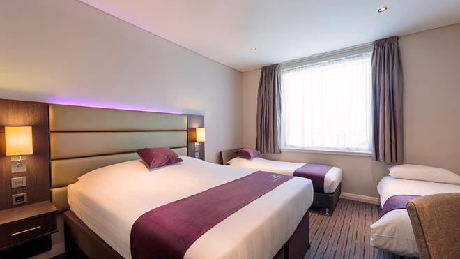 迪拜伊本白图泰购物中心普瑞米尔酒店 - 迪拜 - 睡房