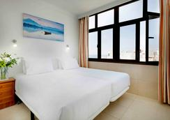 法坎酒店 - 大加那利岛拉斯帕尔马斯 - 睡房