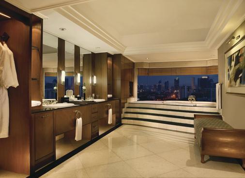 卢米埃尔酒店及会议中心 - 雅加达 - 浴室