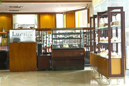 鲁米尔会议酒店 - 雅加达 - 餐馆