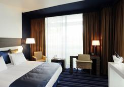 海牙长廊皇冠假日酒店 - 海牙 - 睡房