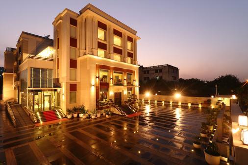 艾梅雅套房旅馆 - 新德里 - 建筑