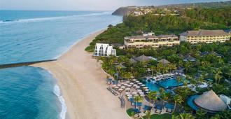 巴厘岛丽思卡尔顿酒店 - 登巴萨 - 海滩