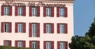 奥朗吉斯因特酒店 - 戛纳 - 建筑