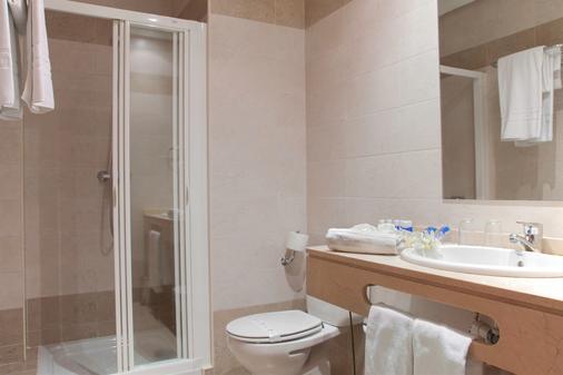 Fc莱昂公主酒店 - 莱昂 - 浴室