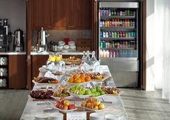 亚历山大,一间温馨的酒店 - 印第安纳波利斯 - 餐馆
