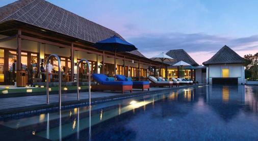 玛哈巴拉别墅酒店 - 登巴萨 - 游泳池