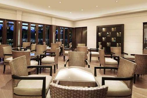 玛哈巴拉别墅酒店 - 登巴萨 - 餐馆