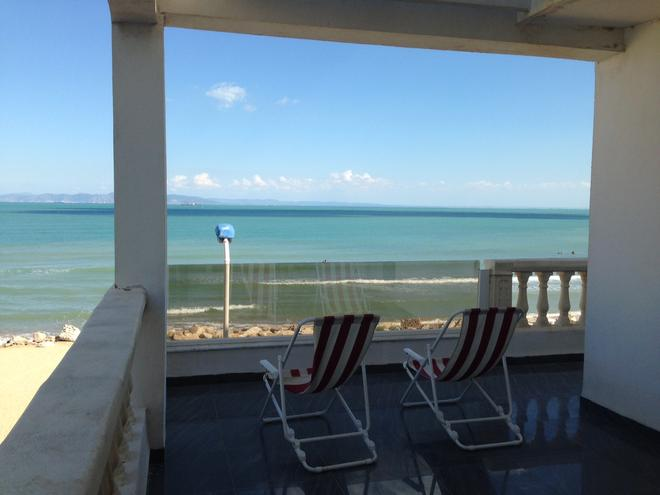 达尔艾玛宅邸海滩民宿 - 突尼斯 - 阳台