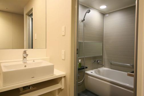 新宿格拉斯丽酒店 - 东京 - 浴室