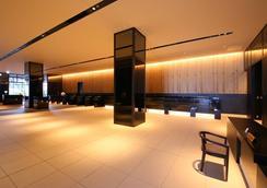 新宿格拉斯丽酒店 - 东京 - 大厅