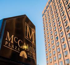 麦坎姆利广场酒店