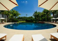 Grand West Sands Resort & Villas Phuket - 迈考 - 游泳池