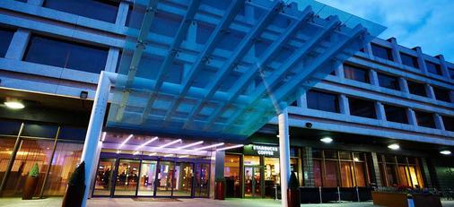 伦敦希思罗机场万丽酒店 - 豪士罗 - 建筑