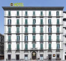 那不勒斯加富尔酒店