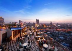 苏拉翁塞曼谷万豪酒店 - 曼谷 - 露天屋顶