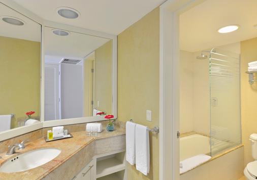 坎昆伊贝罗斯塔酒店 - 坎昆 - 浴室