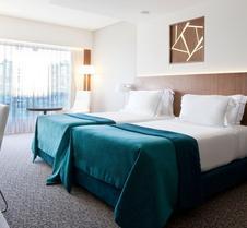 史诗萨那里斯本旅馆