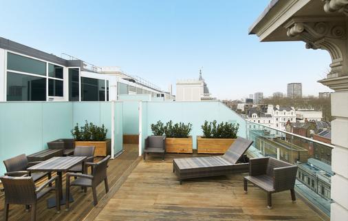 伦敦帕丁顿希尔顿酒店 - 伦敦 - 阳台