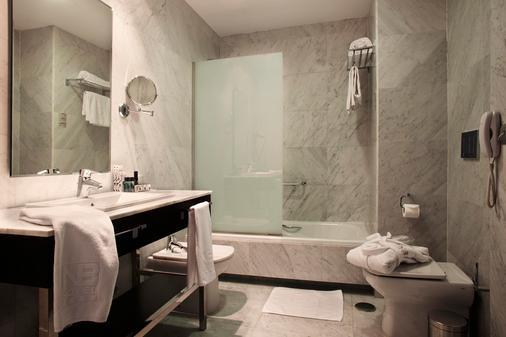 纽沃波斯顿酒店 - 马德里 - 浴室