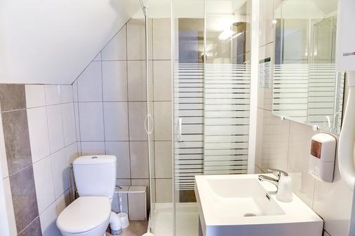 昂布瓦斯沙普塔原创酒店(前国际酒店) - 阿姆博斯 - 浴室