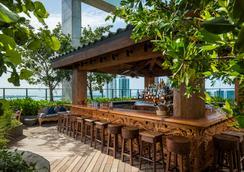 东迈阿密酒店 - 迈阿密 - 露天屋顶