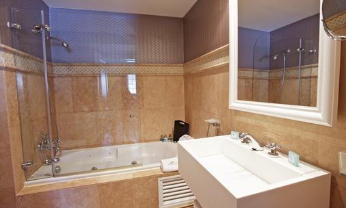 萨塔拉亚乡村酒店 - 圣安东尼奥 - 浴室