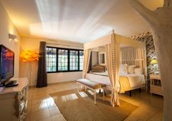 萨塔拉亚乡村酒店 - 圣安东尼奥 - 睡房
