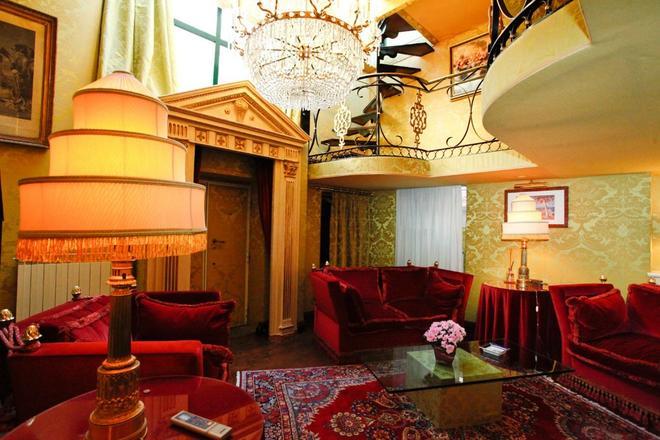 罗马豪华纳沃纳酒店 - 罗马 - 客厅
