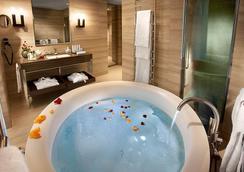 米兰卡沃尔酒店 - 米兰 - 浴室