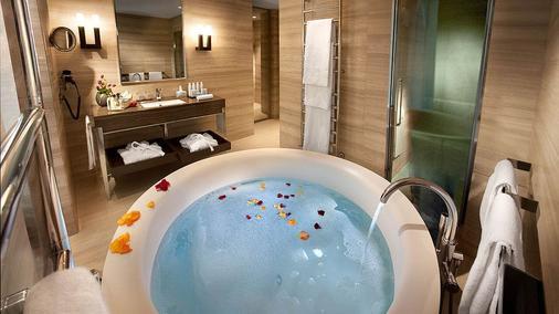 卡弗尔酒店 - 米兰 - 浴室