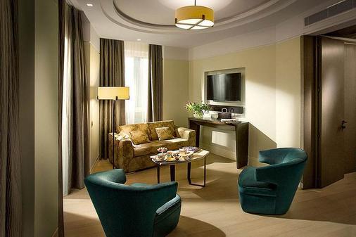 卡弗尔酒店 - 米兰 - 客厅