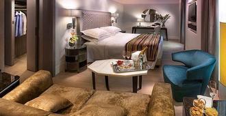 米兰卡沃尔酒店 - 米兰 - 睡房