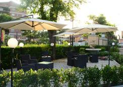 迪瑞沃龙门塔拉酒店 - 罗马 - 户外景观