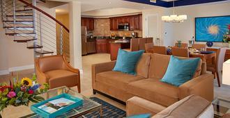迪威阿鲁巴凤凰海滩度假酒店 - 棕榈滩 - 客厅