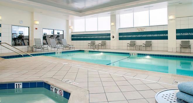 波特兰市区/滨水区原住客栈 - 波特兰 - 游泳池