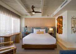 The Surfjack Hotel & Swim Club - 檀香山 - 睡房
