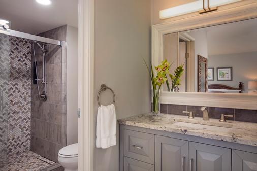 阿斯顿玛哈纳卡纳帕利酒店 - 拉海纳 - 浴室