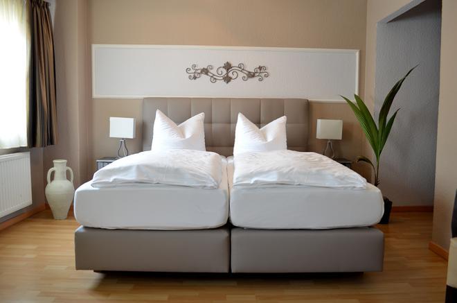 布莱梅斯塔德特酒店 - 不莱梅 - 睡房