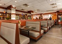 纽约城惠灵顿酒店 - 纽约 - 餐馆