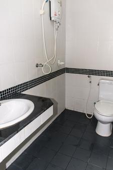 芭东海湾酒店 - 芭东 - 浴室