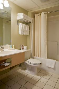 梅多兰兹广场酒店 - 锡考克斯 - 浴室