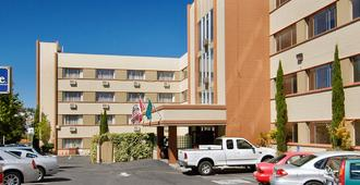 太空针塔西雅图旅游宾馆 - 西雅图 - 建筑