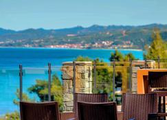 亚历山大海滩酒店 - 克里皮吉 - 阳台
