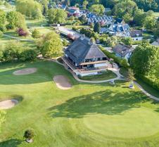 蒂门多弗施特兰高尔夫球场康体中心度假酒店