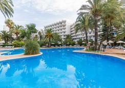 拉格泰eix酒店 - 坎皮卡福特 - 游泳池
