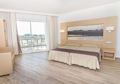 拉格泰eix酒店 - 坎皮卡福特 - 睡房