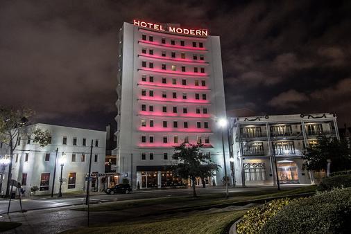 新奥尔良 - 圣查尔斯智选假日套房酒店 - 新奥尔良 - 建筑